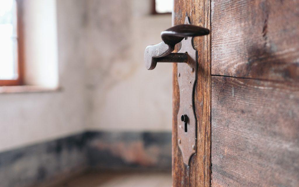 How To Open A Locked Bedroom Door